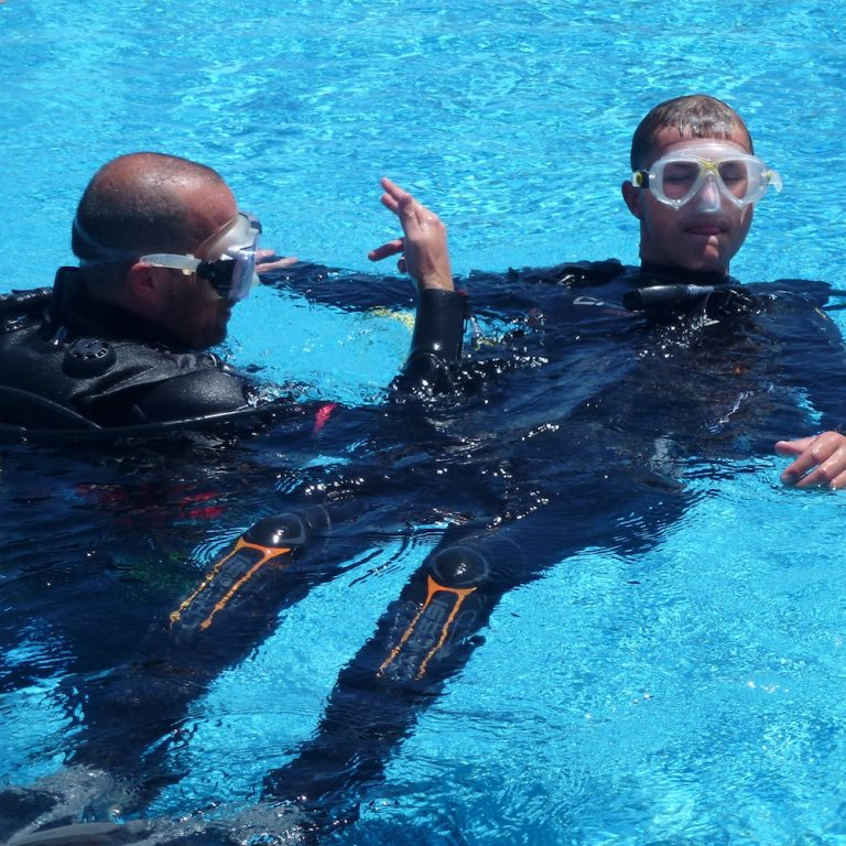 PADI Rescue Diver Course with S'Algar Diving in Menorca